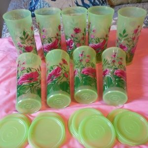9 Floral Forest Tupperware Tumbler Glasses w/ lids